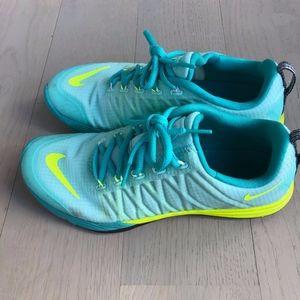 Nike Lunarlon Cross trainer tennis shoe